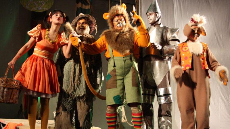 Cele mai bune piese de teatru pe care le vezi alături de cei mici